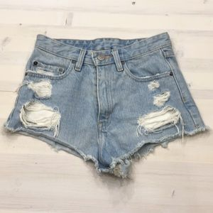 BDG high rise distressed denim shorts size 25
